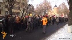 Երևանում կայացավ բազմամարդ հավաք-երթ ընդդեմ պարտադիր կուտակայինի