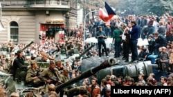 Вторжение советских войск в Чехословакию, 21 августа 1968 года.