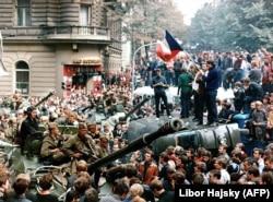 Акции протеста против вторжения. Прага, 21 августа 1968