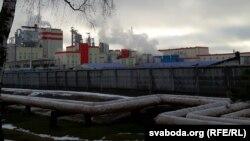 Завод беленай сульфатнай цэлюлёзы ў Сьветлагорску