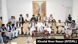 د بلوچستان وزیر اعلی خبري غونډې ته د وینا پرمهال