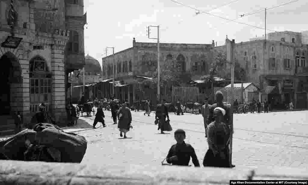 A public square in Aleppo in 1937. By the end of French rule, the Alawites had taken advantage of France's divide-and-rule tactics to build themselves a powerful network in the public services, including top positions in Syria's military. Yale University said that 70 percent of Syrian soldiers in 2012 were Alawites.