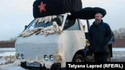 Василий Слонов и его вата-мобиль