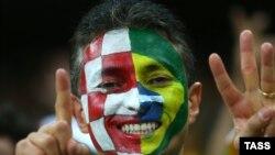 Бразилия -- Дүйнө чемпионатындагы футбол фанаты, Сан-Паулу, 12-июнь, 2014