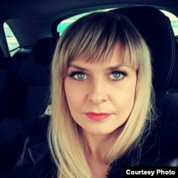 Алена Колікава