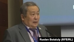 Арнольд Тулохонов. Астана, 26 мамыр 2016 жыл.