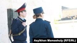 Полицейские в Актау. Иллюстративное фото.