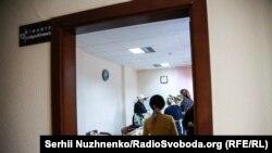 Волонтери у бібліотеці імені Федора Достоєвського готують обід для поранених у шпиталі
