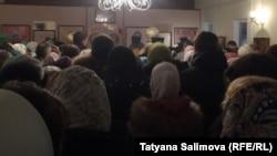 Поминальная служба в храме Новомучеников
