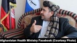 حکیم الکوزی، فردی که ادعای ساخت دوای ضد ویروس کرونا را در کابل دارد