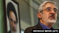میرحسین موسوی از سال ۱۳۶۰ تا ۱۳۶۸ عهدهدار نخستوزیری ایران بود