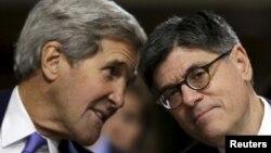 جک لو و جان کری، وزیران خزانهداری و خارجه دولت باراک اوباما، کسانی که به طور مشخص هم در تحریمها و هم در مذاکرات و توافق اتمی میان تهران و شش قدرت جهانی موثر بودند
