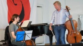 Octavian Lup cu prof. Frans Helmerson în septembrie la Academia Kronberg