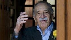 6 марта 2014 года. В дверях дома в Мехико Маркес приветствует поклонников в свой последний день рождения
