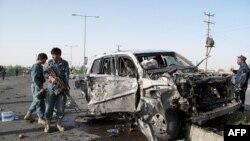 Pamje pas një sulmi të mëparshëm në provincën Helmand në Afganistan