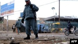 Полиция на месте одного из терактов в Афганистане
