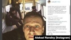 Русија: Објава на инстаграм на рускиот опозициски политичар Навални Russia дека е уапсен во Москва. 22.02.2018