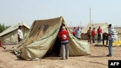 مخيم للنازحين السوريين قرب القائم