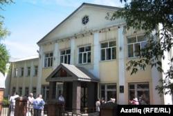 Тактаташ куелган элекке татар мәктәбе