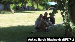 Miloš i Đuro, 22-godišnjaci iz Beograda