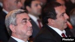Նախագահ Սերժ Սարգսյան եւ ԲՀԿ առաջնորդ Գագիկ Ծառուկյան, արխիվ