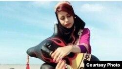 زهرا عابدی، نوازنده نی انبان
