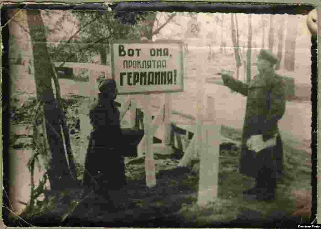 Маткерим Рахманбердиев согушта чалгынчы-фотограф болгон деген маалымат бар.