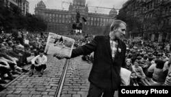 """Йозеф Коуделка, фотоальбом """"Вторжение-68"""". Прага, август 1968."""