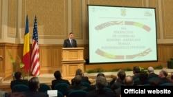 Preşedintele Klaus Iohanis la forumul româno-american