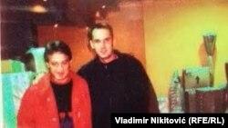 Fotografija koju je Velimir Ilić pokazao na konferenciji za medije tvrdeći da su na njoj aktuelni ministar zdravlja Zlatibor Lončar i Dušan Spasojević, bivši vođa zemunskog klana