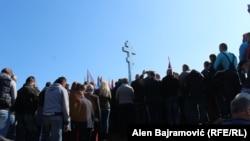 Novo spomen obilježje (na fotografiji) Bošnjaci smatraju provokacijom i nastavkom produbljivanja mržnje u gradu