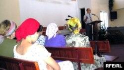 Собрание в одной из религиозных организаций Алматы. Иллюстративное фото.