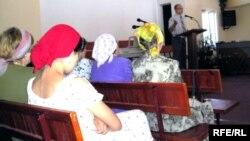 Прихожане одной из христианских церквей в Алматы. Иллюстративное фото.