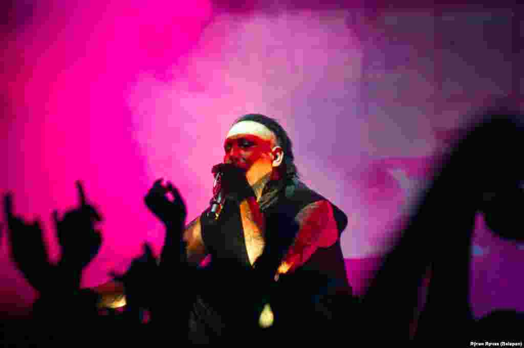 Shock-rocker Marilyn Manson performs at a concert in the Belarusian capital, Minsk, on December 21. (Belapan)