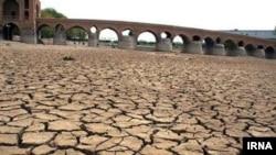 عیسی کلانتری: ایران ظرف چندسال آینده به کویری خشک تبدیل خواهد شد