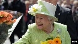 Продолжение политики: счастливая монархия