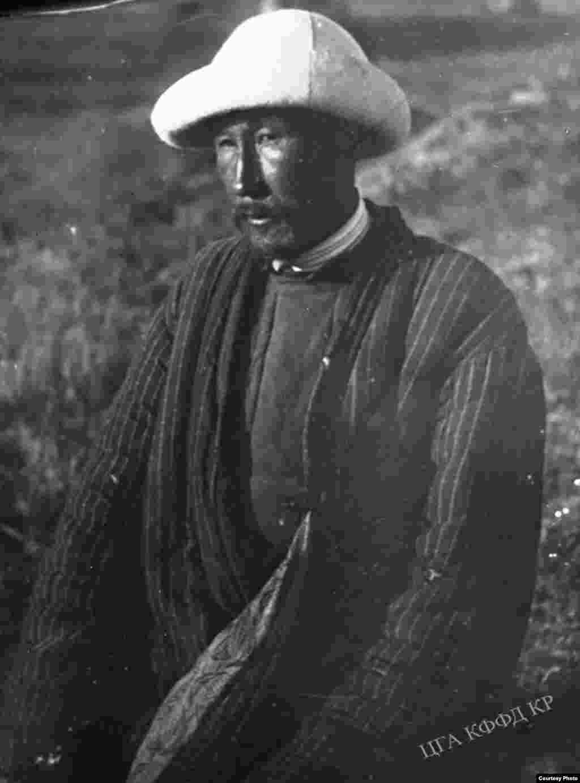 1916-жылдагы Үркүндүн катышуучусу Ш.Байбакинов. 1931-жыл.