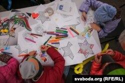 Дзеці малююць на Дні габрэйскай культуры Менску