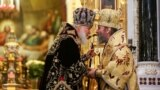 Глава РПЦ патриарх Кирилл и предстоятель УПЦ МП митрополит Онуфрий, архивное фото