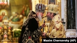 Патріарх Московський Кирило (л) і митрополит Київський Онуфрій, глава УПЦ (МП)