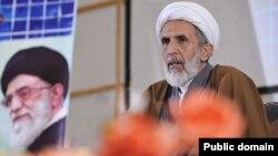 مهدی طائب، رئیس شورای مرکزی قرارگاه عمار میگوید، رد صلاحیت هاشمی، چندان عقلانی نیست