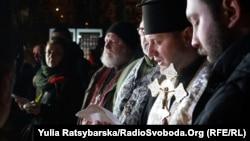 Священики ПЦУ відслужили панахиду за загиблими