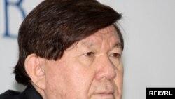 Мұхтар Шаханов, қазақ ақыны, «Мемлекеттік тіл» қоғамдық қозғалысының төрағасы. Алматы, 15 желтоқсан 2009 жыл.