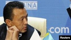 Сауат Мынбаев, министр нефти и газа Казахстана. Астана, 4 октября 2011 года.