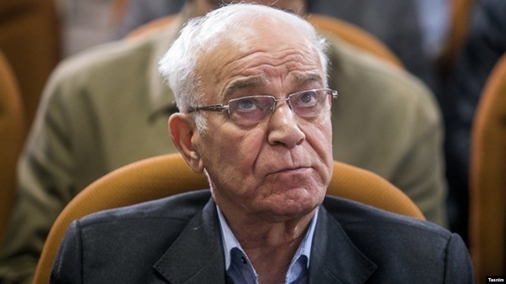جعفر کاشانی از اوایل دهه ۸۰ در هیئت مدیره باشگاه پرسپولیس فعالیت میکرد