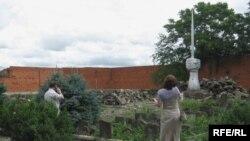 Сталиндик депортациянын курмандыктарына тургузулган эстелик. Грозный шаары.