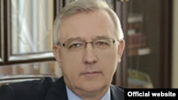 Леонід Новохатько