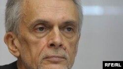 Razlozi za odlaganje disertacije, o čemu je obavešten dan uoči odbrane, nikada mu nisu saopšteni: Slobodan Beljanski