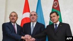 Aşgabatda türk, türkmen we azeri DIM-leriniň baştutanlarynyň duşuşygyny geçirmek maslahatlaşyldy.