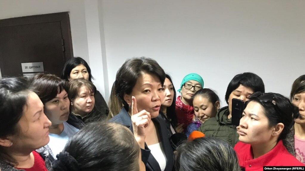 Казакстан: Социалдык жардам алуу үчүн жеке күбөлүк жетиштүү